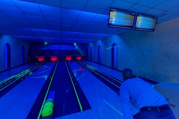 bowling marena